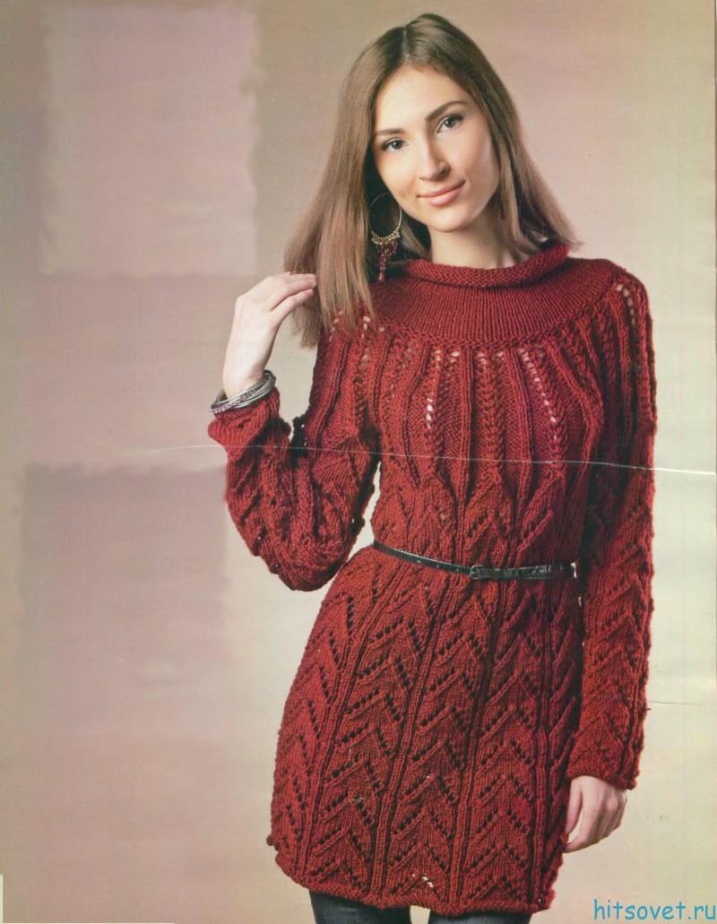 Удлиненный пуловер спицами с воротником