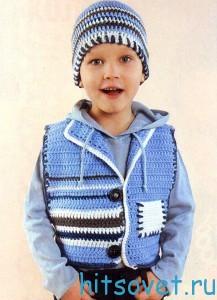 Детский жилет крючком и шапочка крючком