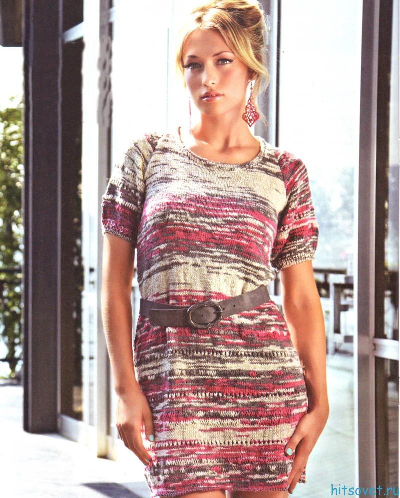 Вязание меланжевое платье спицами