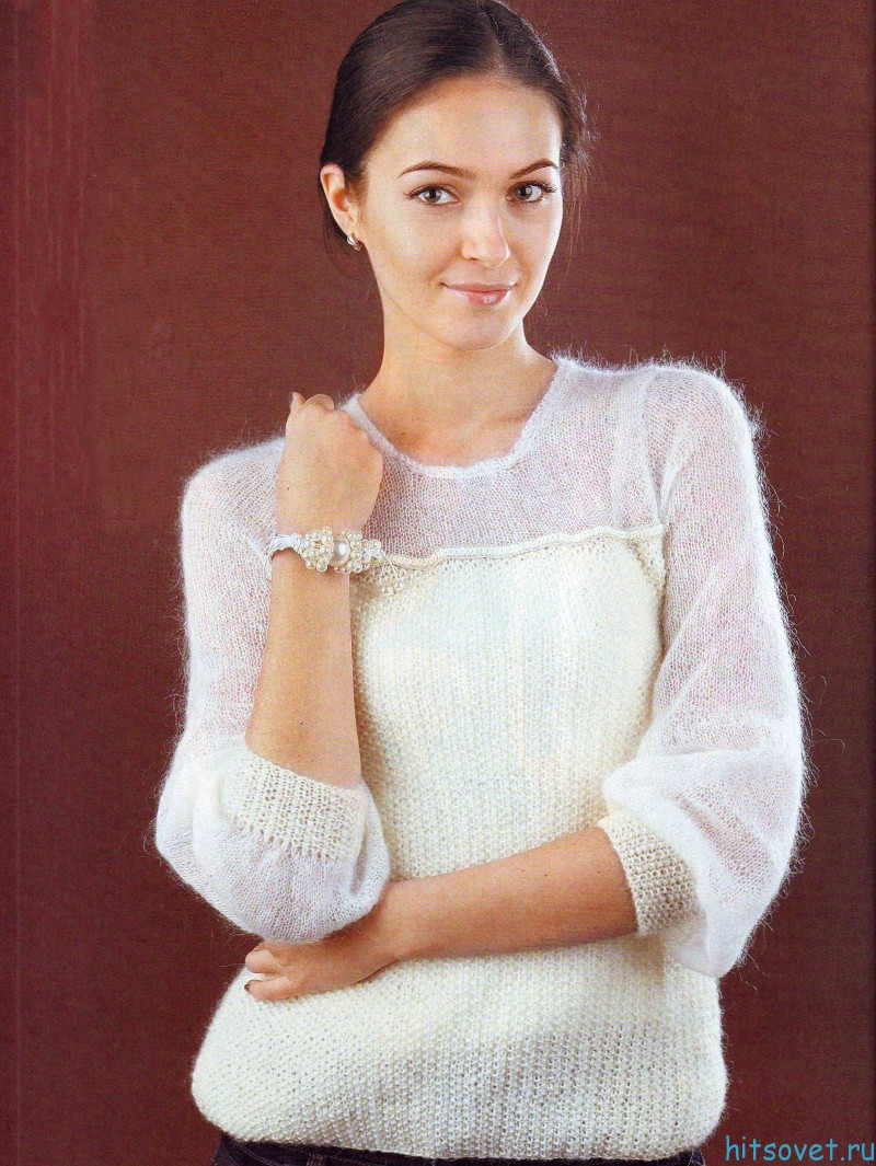 Белый пуловер спицами из мохера