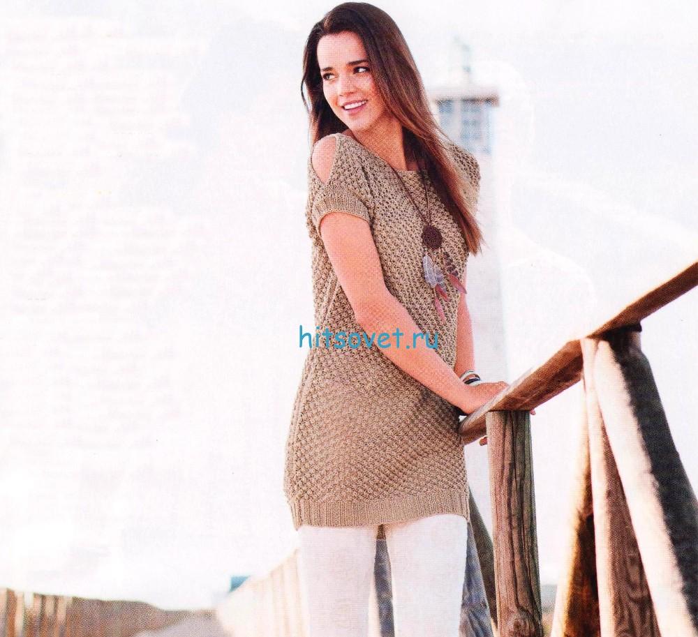 Удлиненный пуловер с ажурными узорами