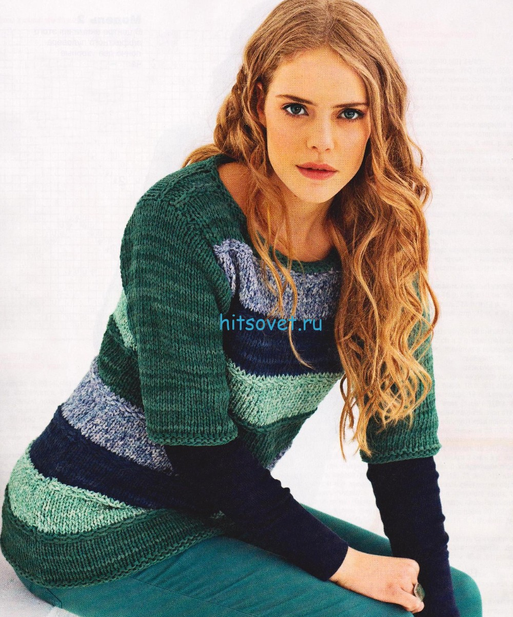 Вязаный пуловер из широких полос