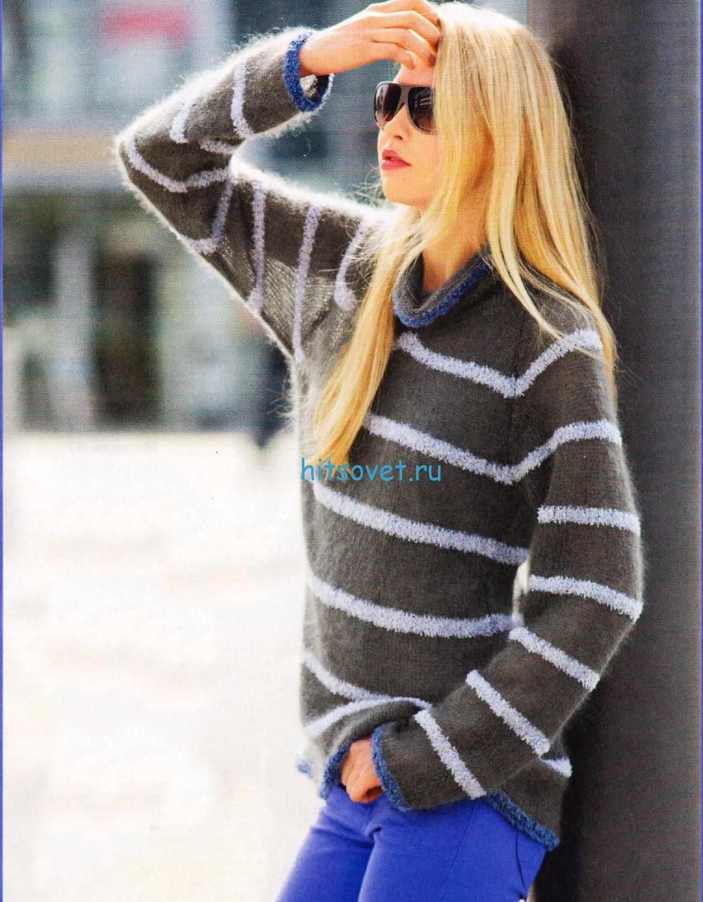 Мохеровый пуловер в полоску