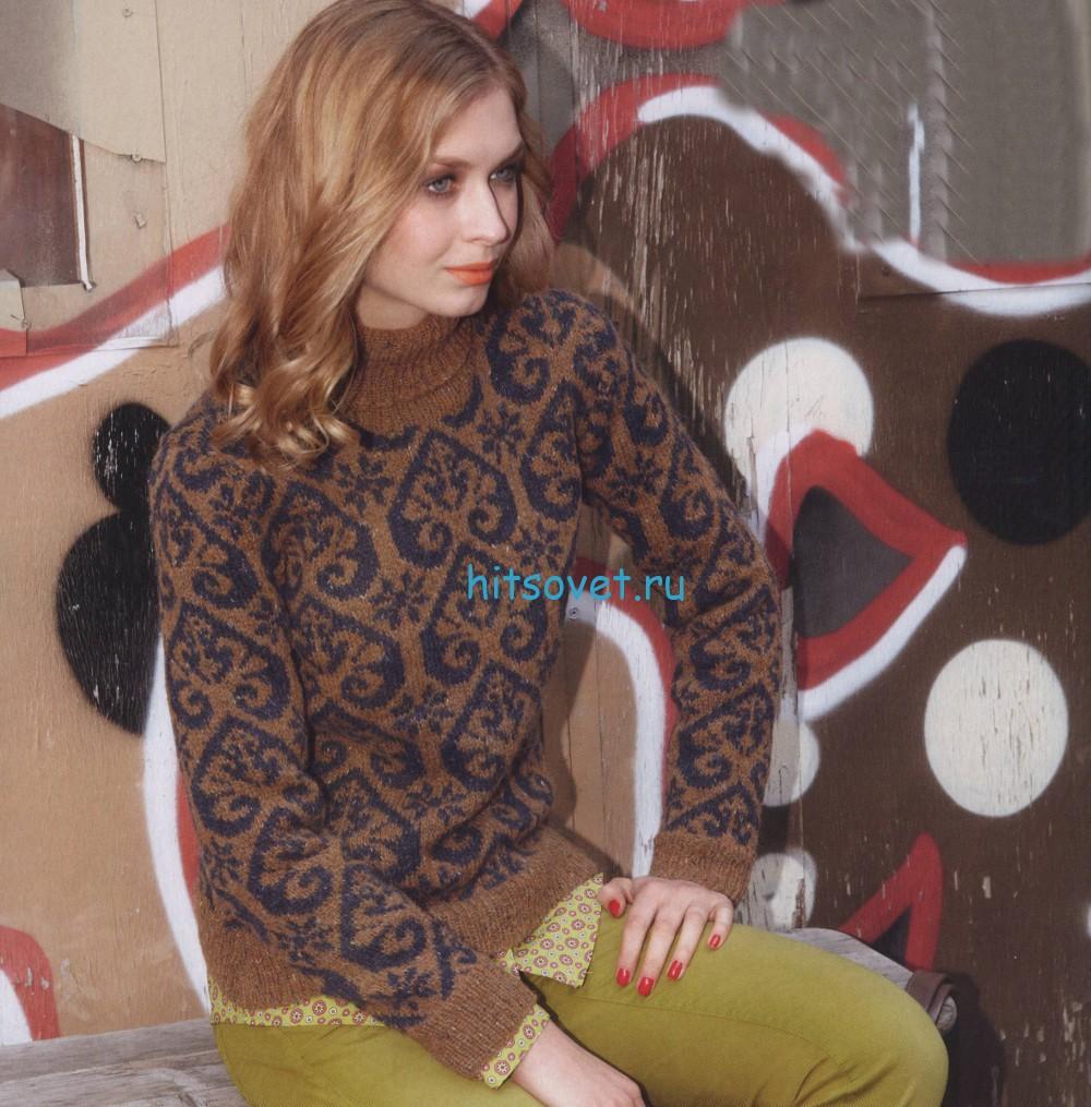 Двухцветный вязаный свитер с орнаментом