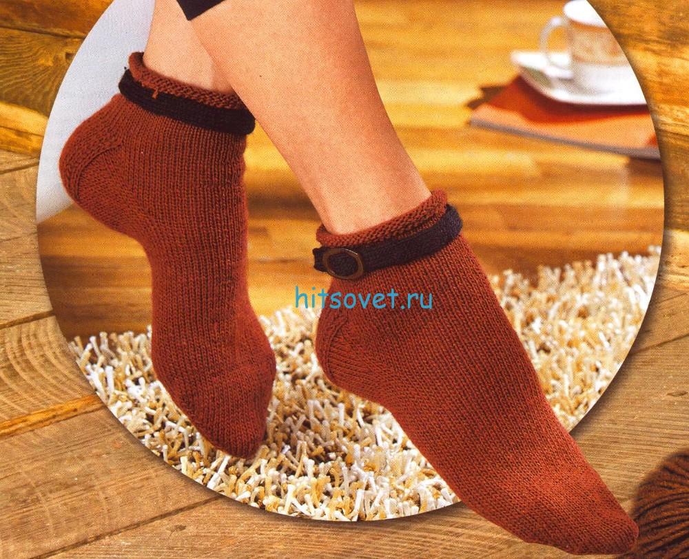 Вязание носков с ремешками