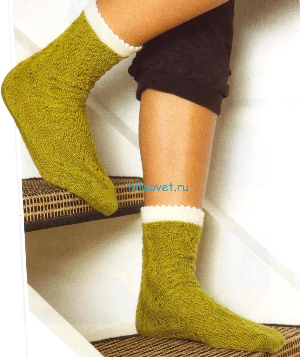 Вязаные носки по спирали