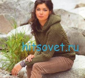 Вязаный пуловер с капюшоном оливкового цвета