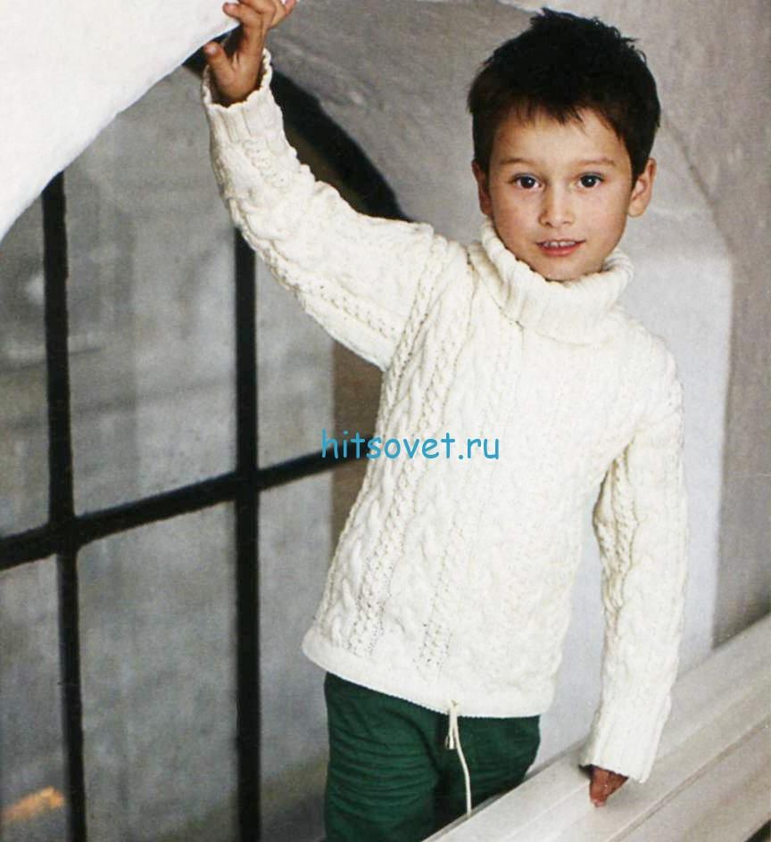 Белый детский свитер спицами