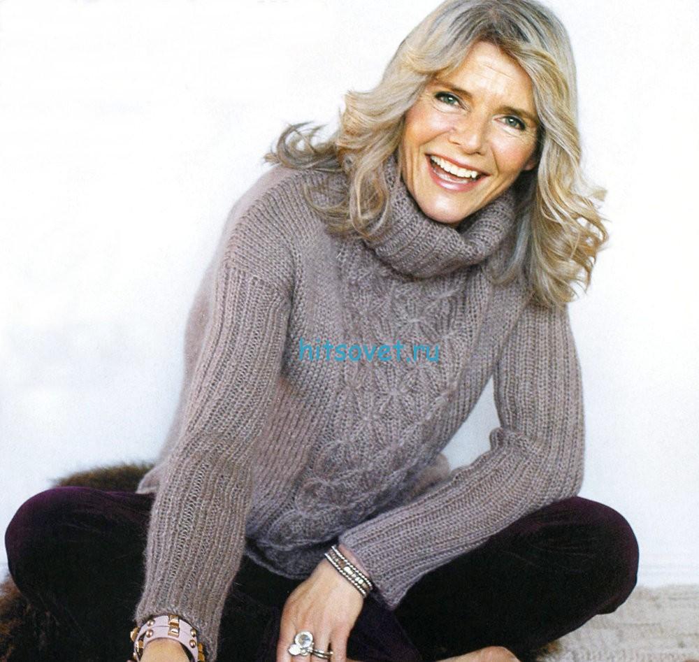 Вязаный женский свитер спицами косами со схемой 87