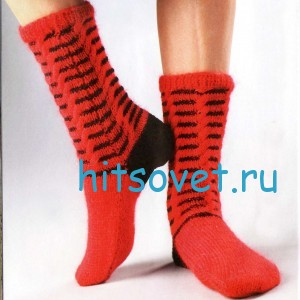 Вязание носков с косами