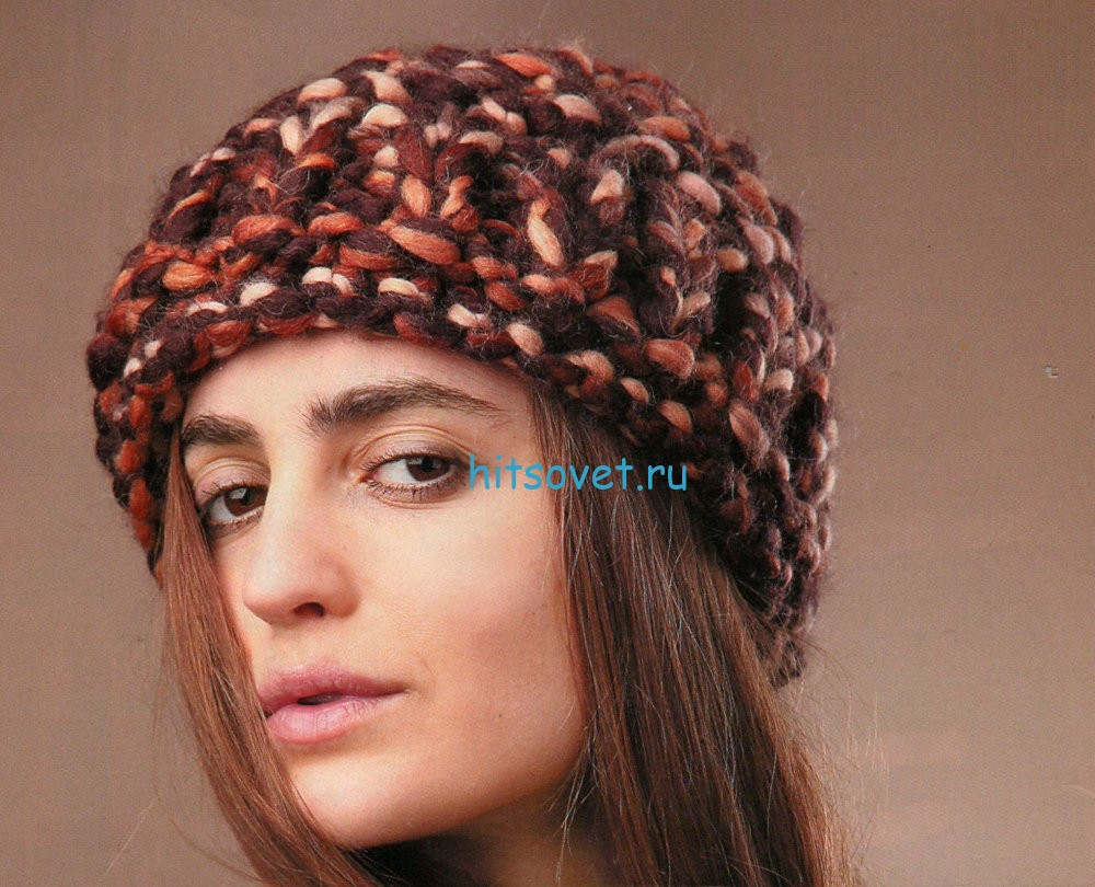 Вязание шапки из меланжевой толстой пряжи. фото.