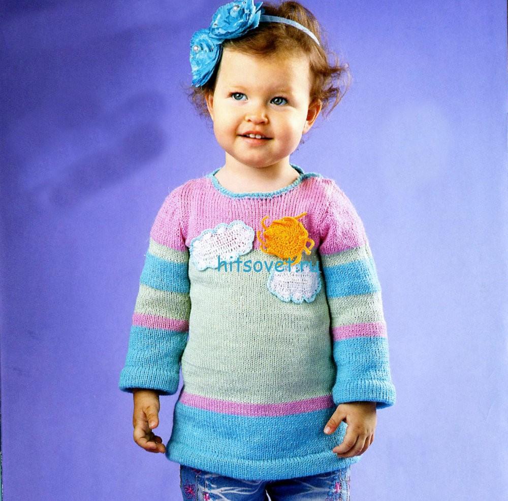 Вязание для девочки пуловера с аппликацией