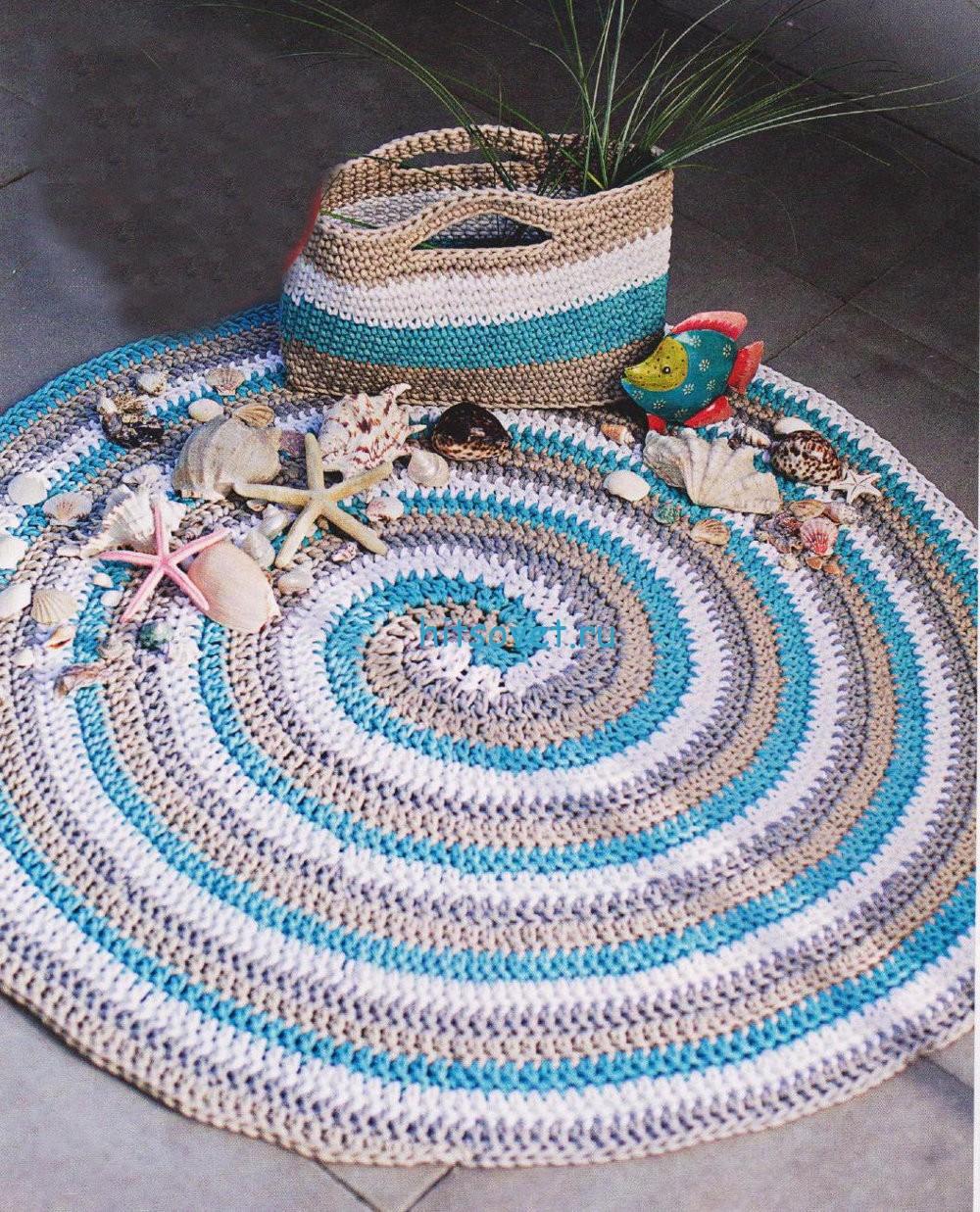 Вязаная сумка и коврик крючком