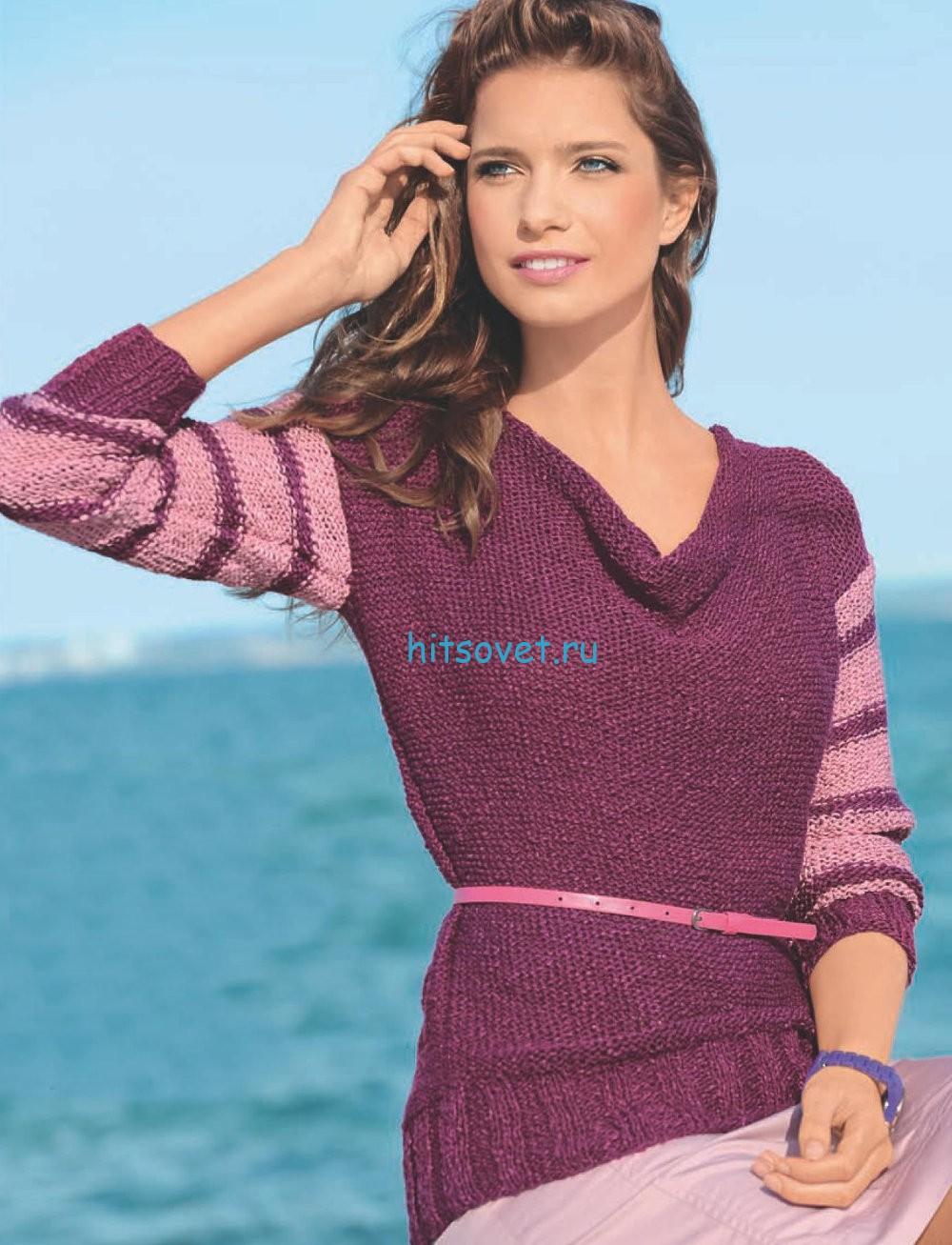 Малиновый пуловер с вырезом