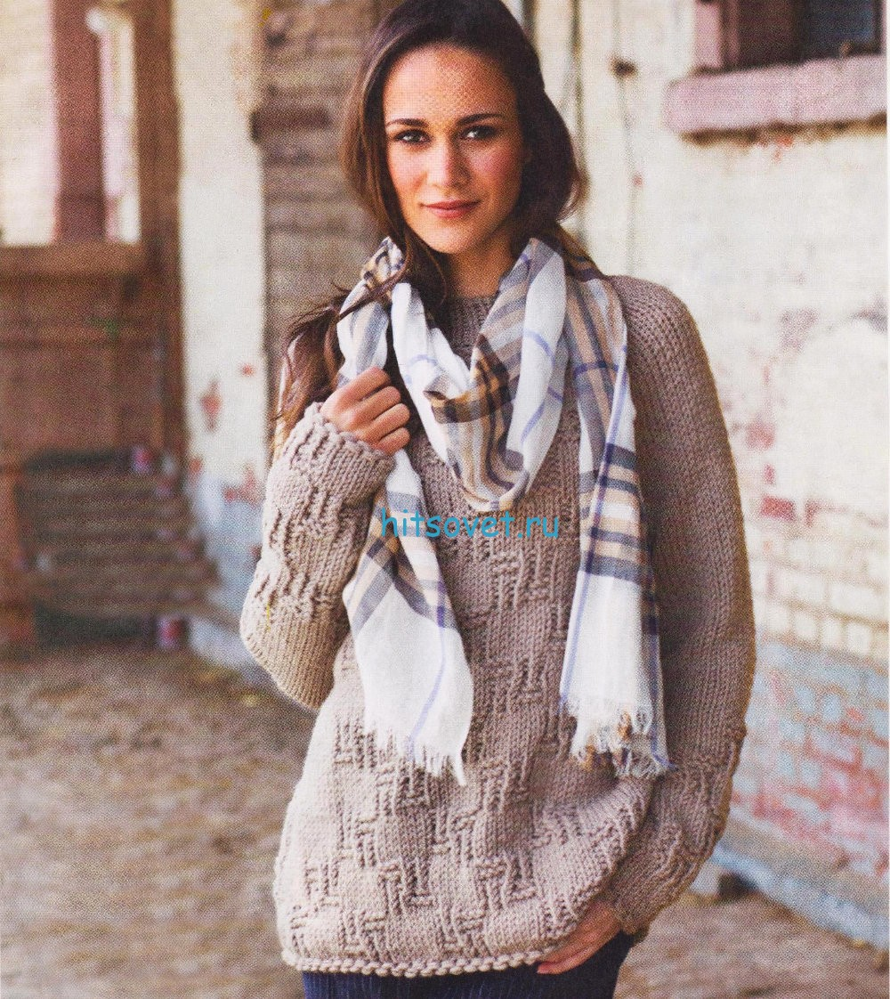 Расклёшенный пуловер спицами