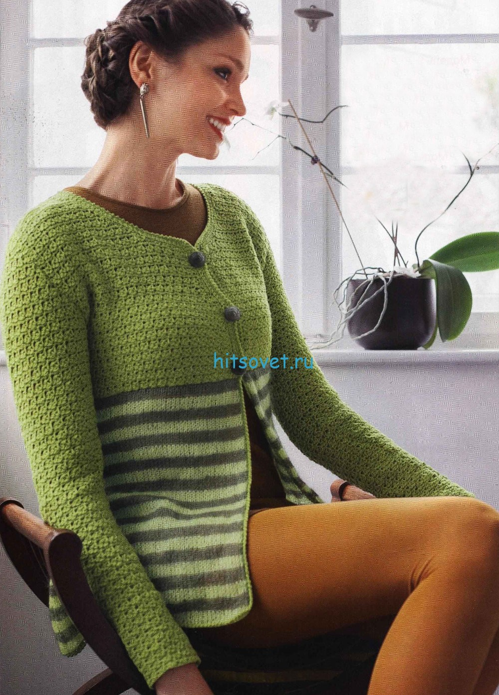 Зеленый вязаный жакет