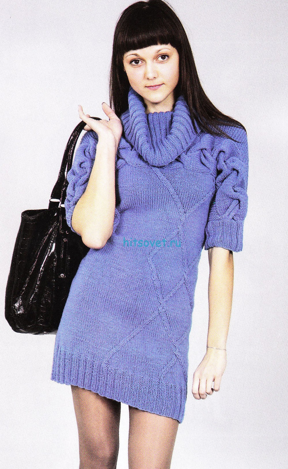 Синее платье спицами