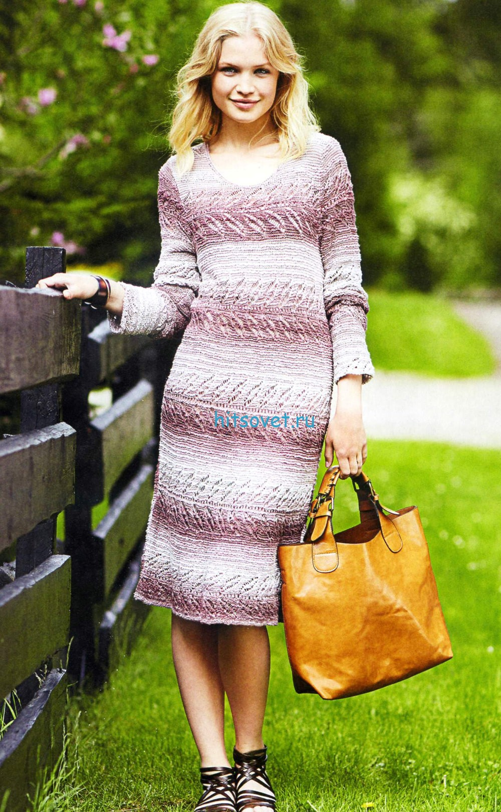 Вязаное платье спицами из секционной пряжи