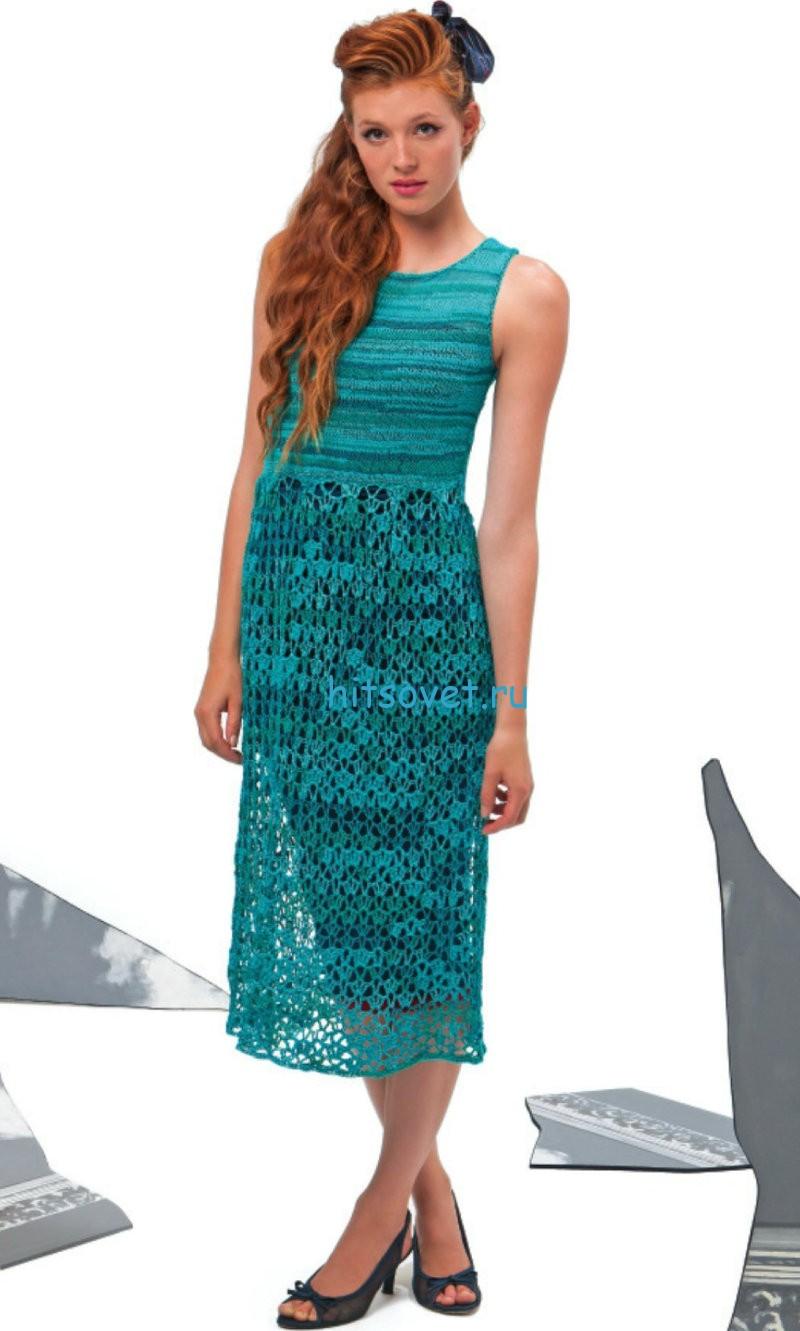 Вязаное платье изумрудного цвета