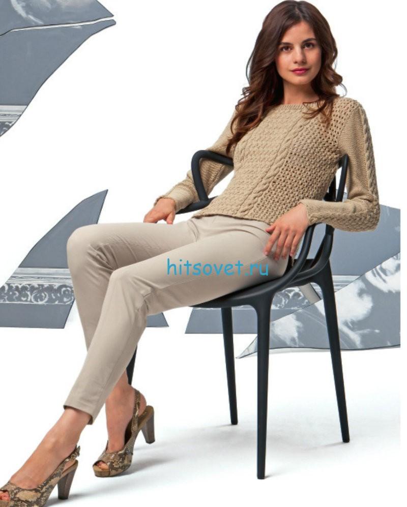Стильный бежевый пуловер спицами