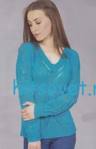 Ажурный голубой пуловер спицами со схемой