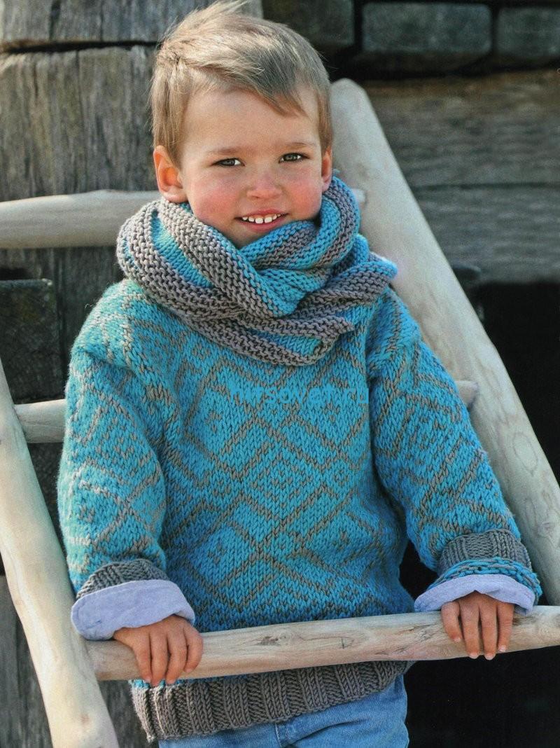 Вязание для мальчиков пуловера и шарфа