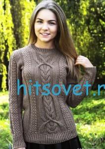 Женский пуловер спицами коричневого цвета