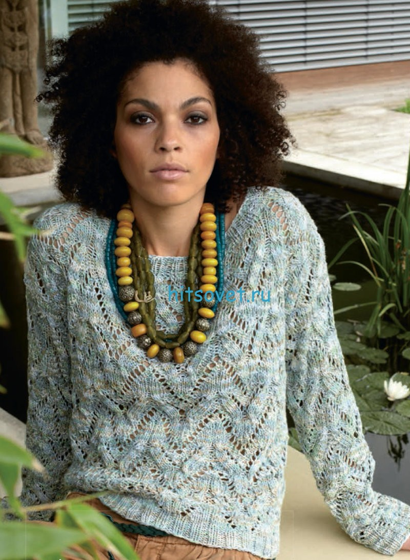 Женский пуловер из меланжевой пряжи, фото.