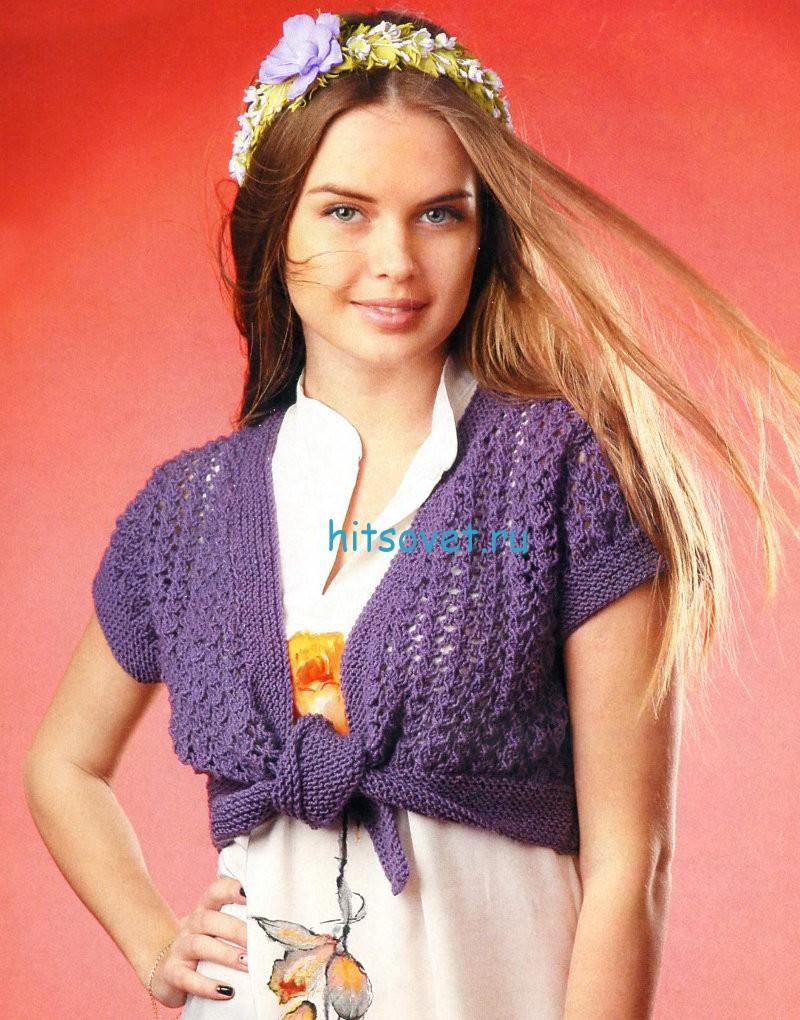Вязаное болеро с ажурным узором
