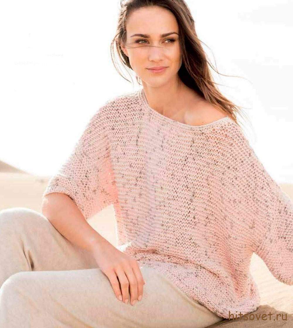 Свободный женский пуловер с вытянутыми петлями