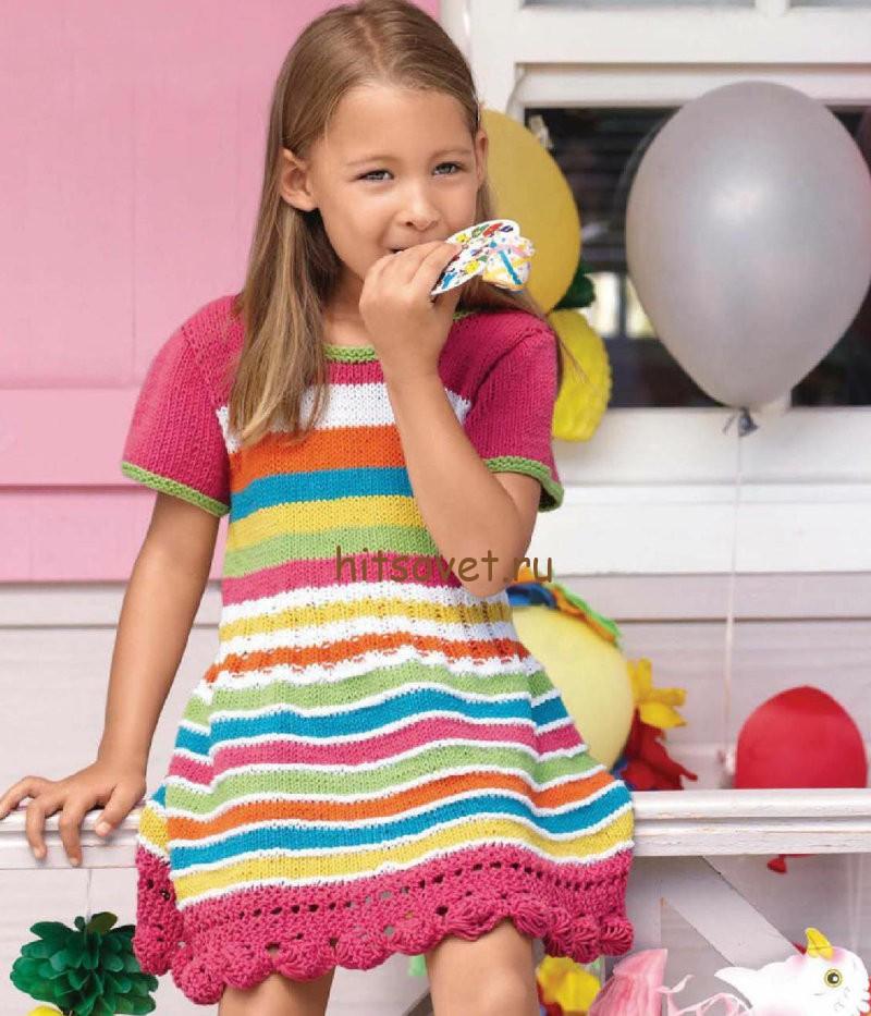 Вязаное платье для девочки 5 лет спицами, фото.