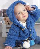 Жакет с капюшоном для малыша спицами, фото.
