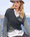 Пуловер с перекрученным передом, фото.
