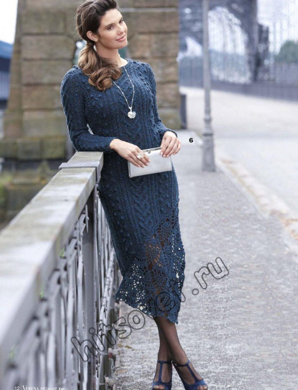 Вязаное платье с кружевом внизу, фото.