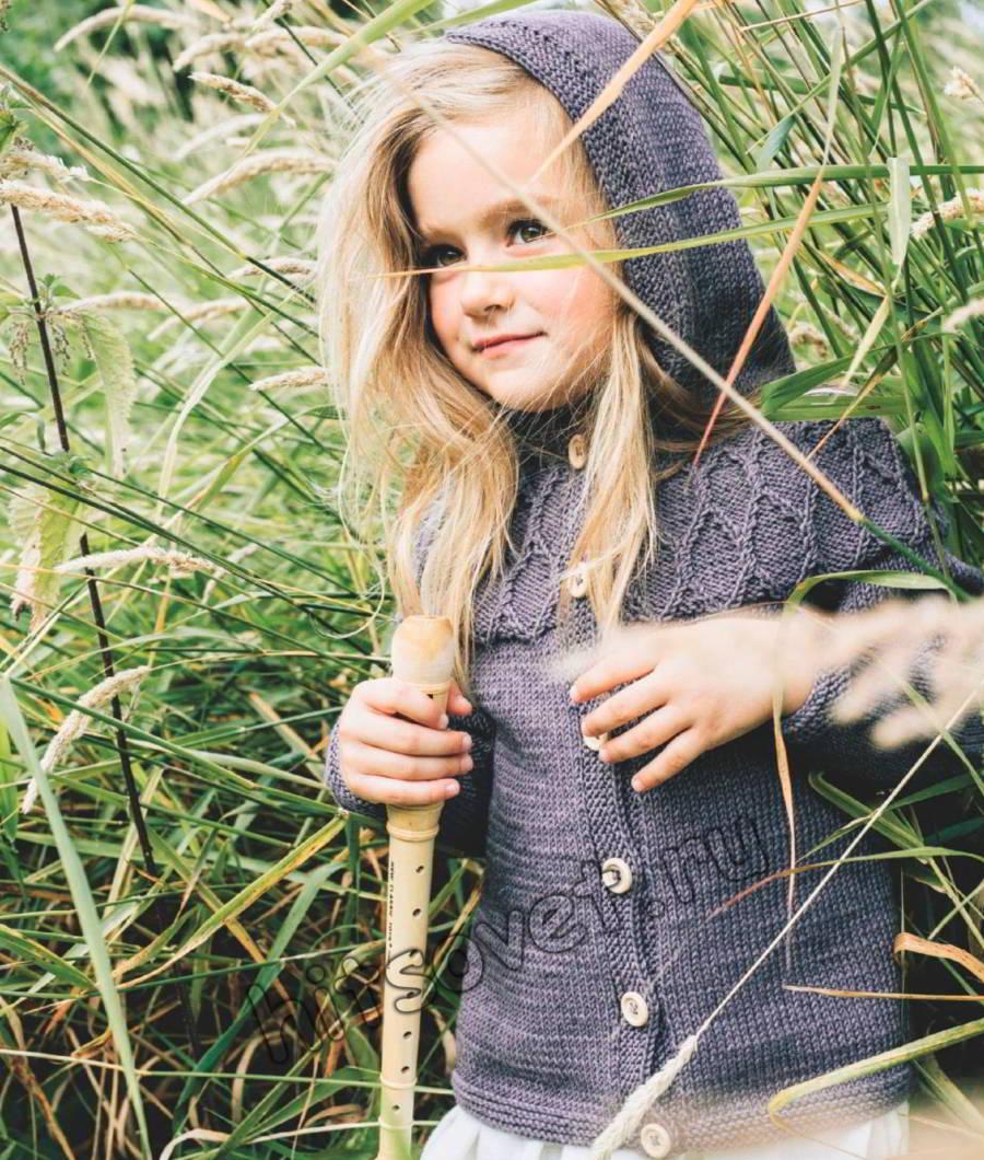 Жакет с капюшоном для девочки, фото.
