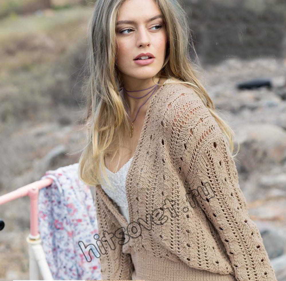 Пуловер с глубоким вырезом, фото.