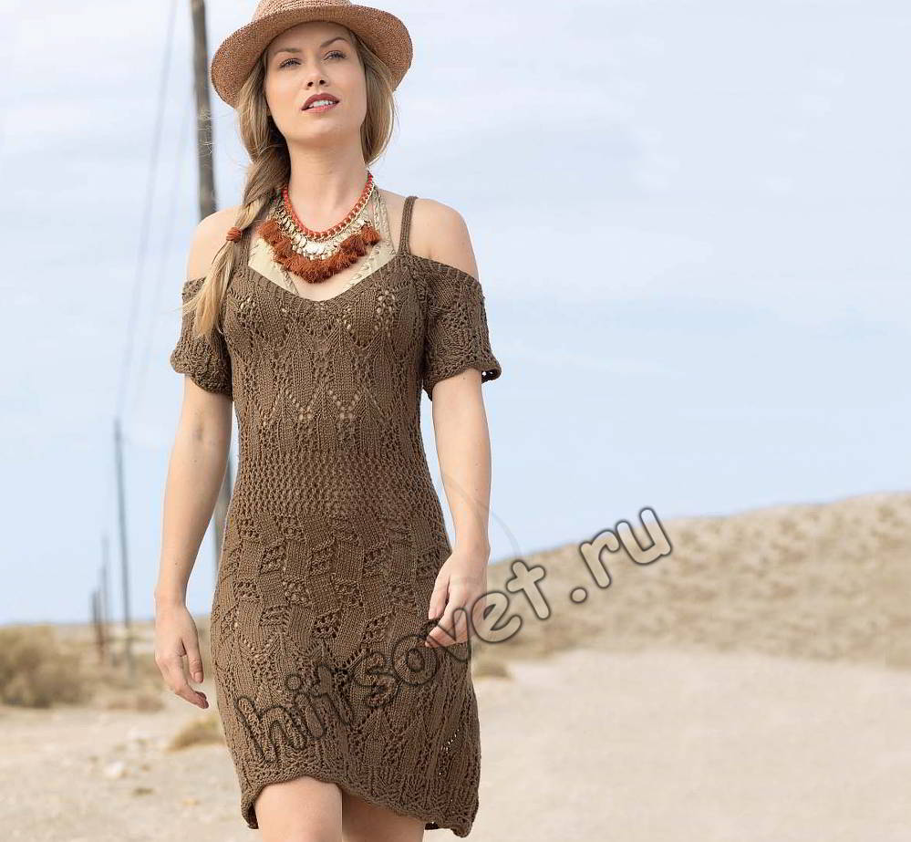 Вязаное платье на бретельках, фото.