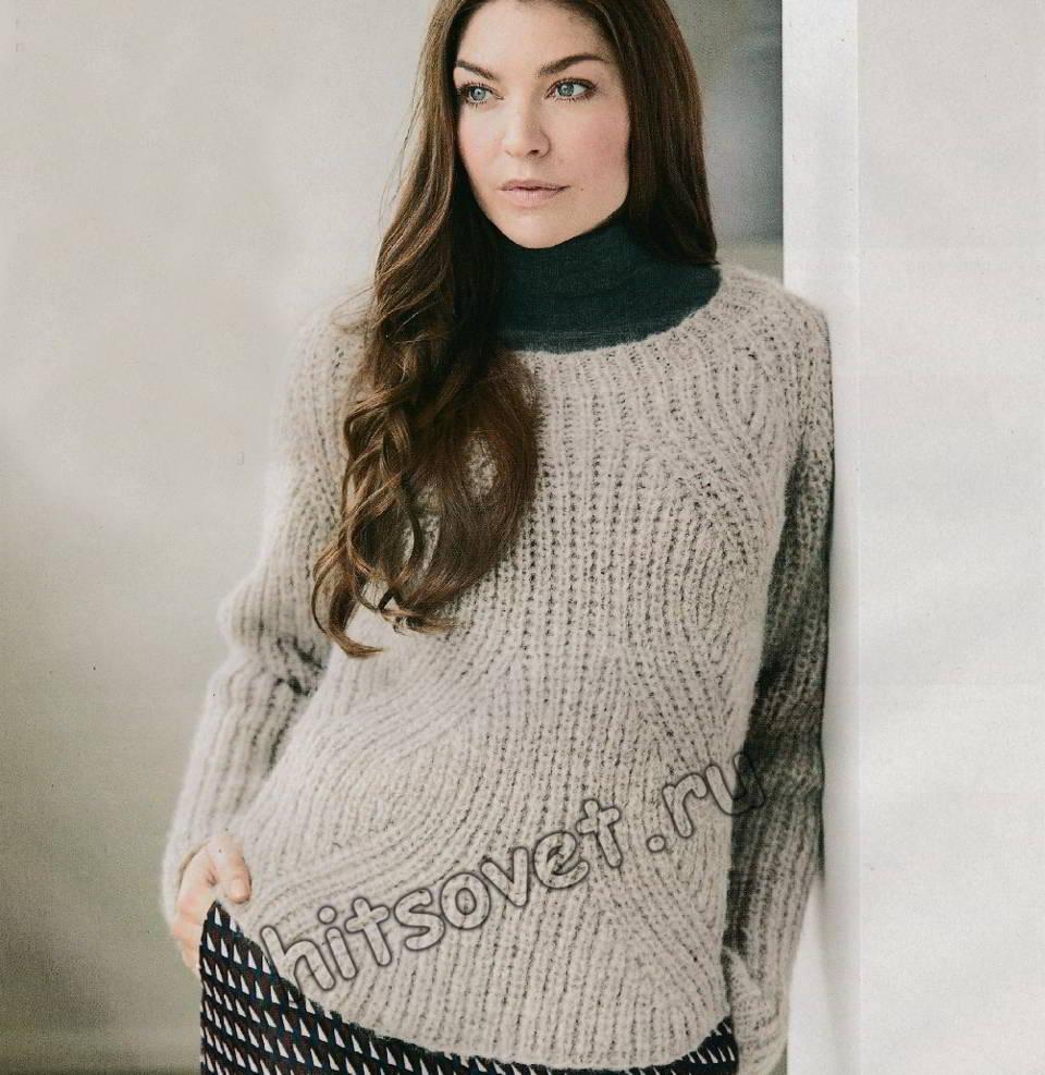 Пуловер с фигурным полупатентным узором