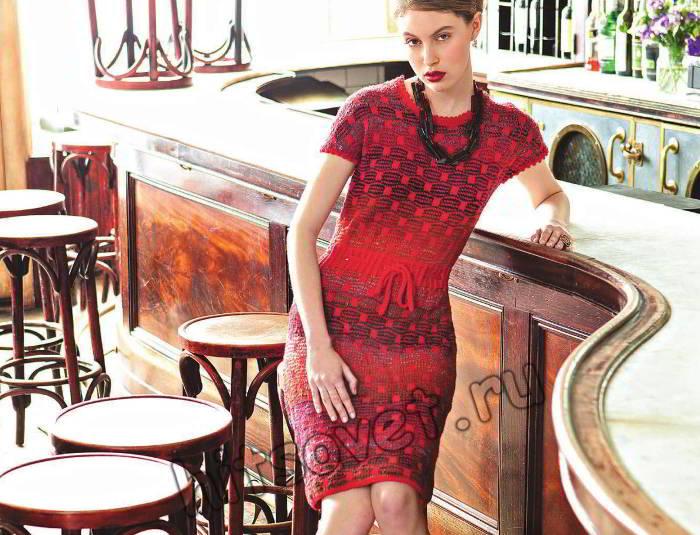 Стильное вязаное платье с короткими рукавами, фото.