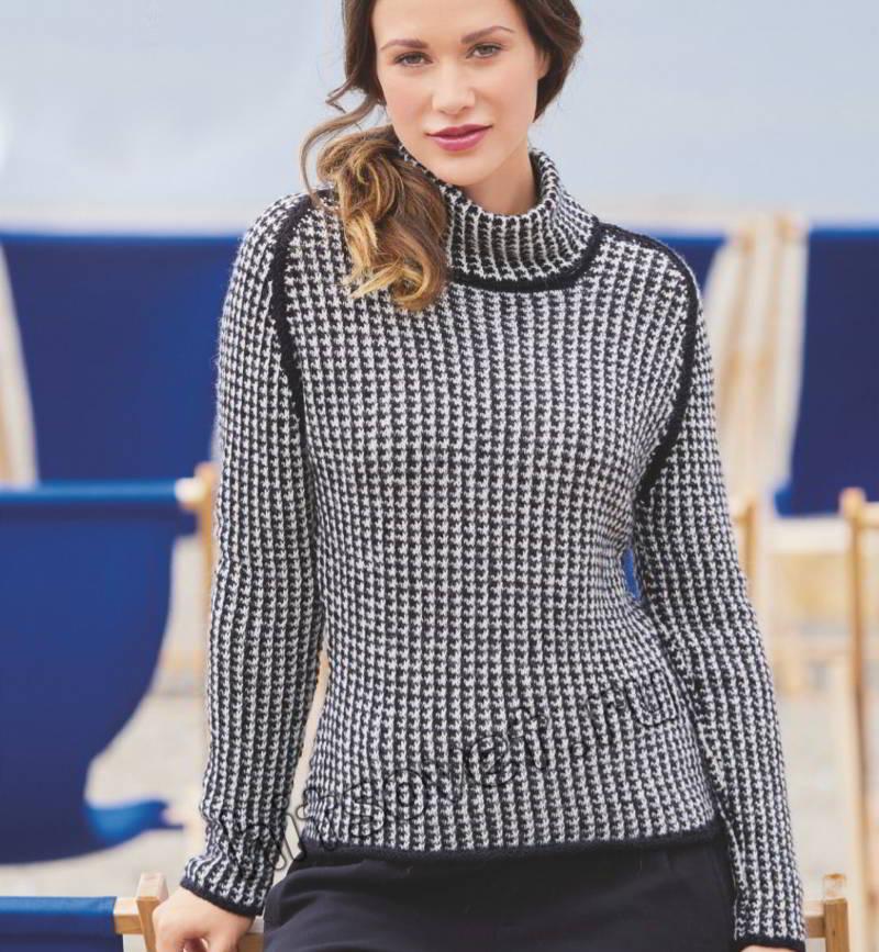 Черно-белый свитер узором куриная лапка, фото.