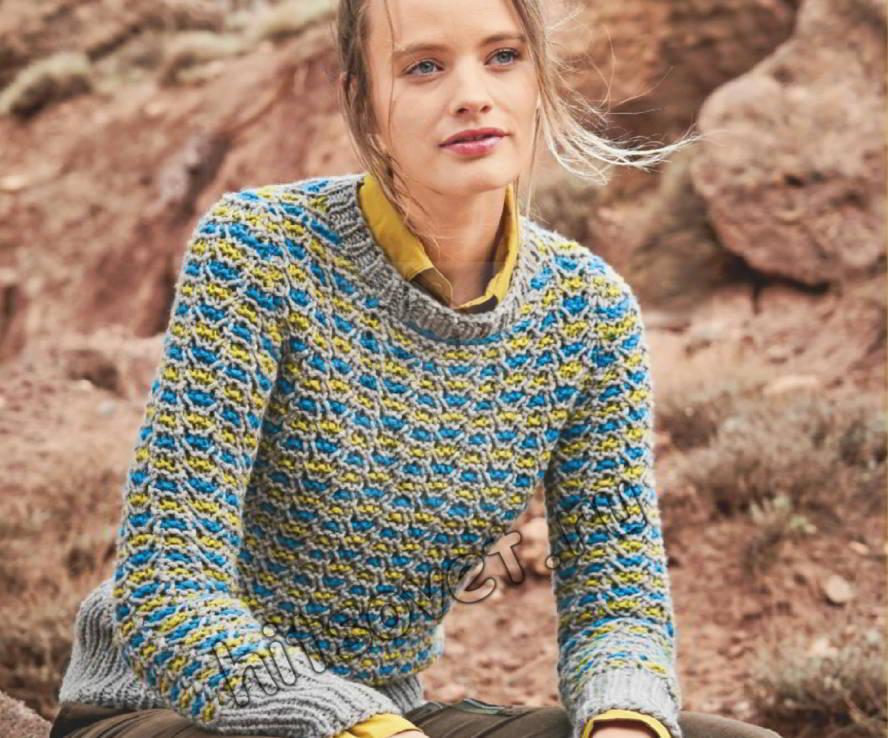 Стильный свитер структурным узором, фото.