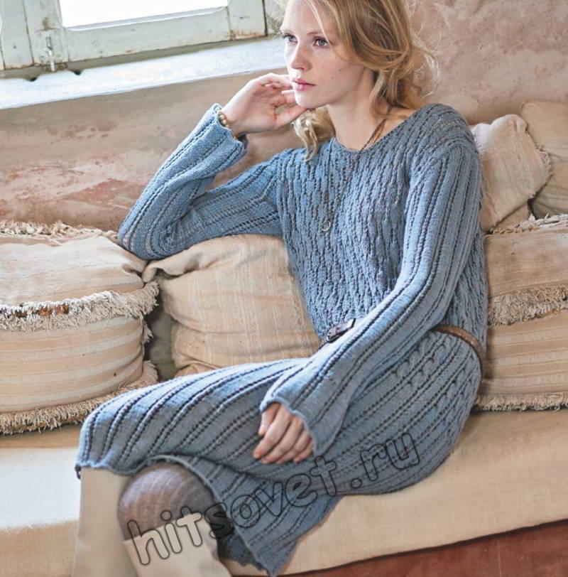 Вязаное ажурное голубое платье, фото.