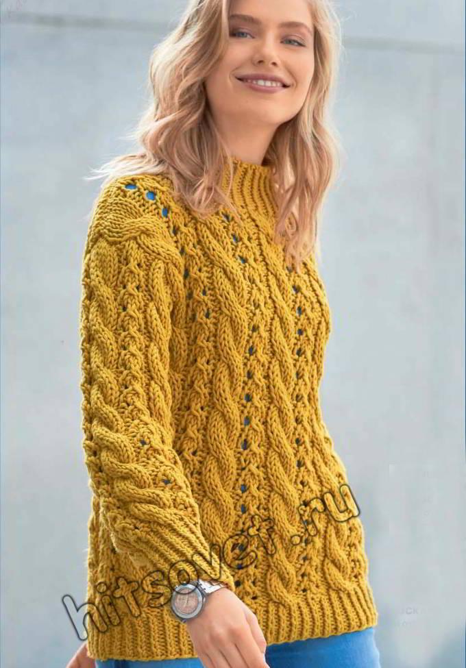 Модный свитер с ажурными косами
