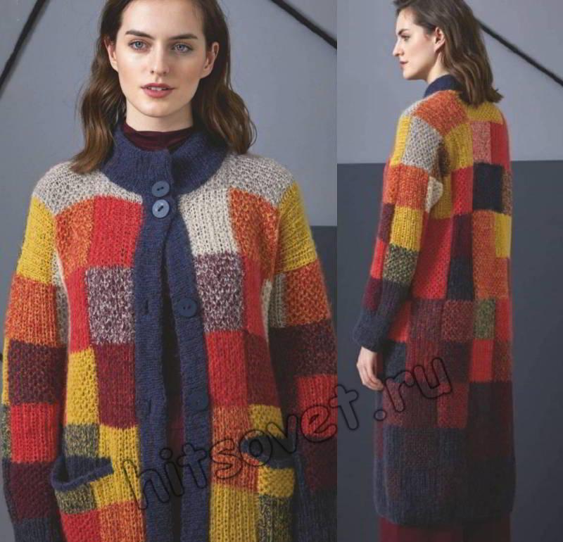 Вязаное пальто в разноцветную клетку, фото.