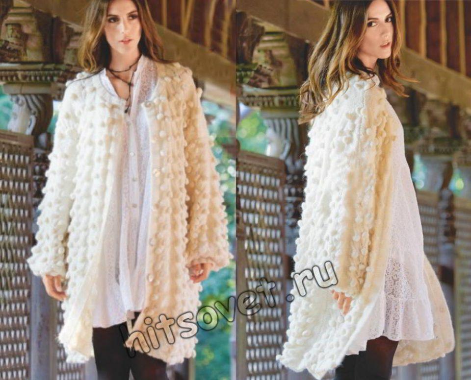 Вязаное объемное пальто с шишечками и косами, фото.