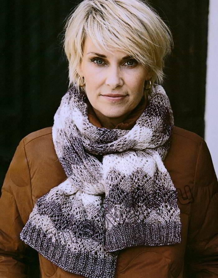 Вязаный шарф с ажурными ромбами, фото 2.