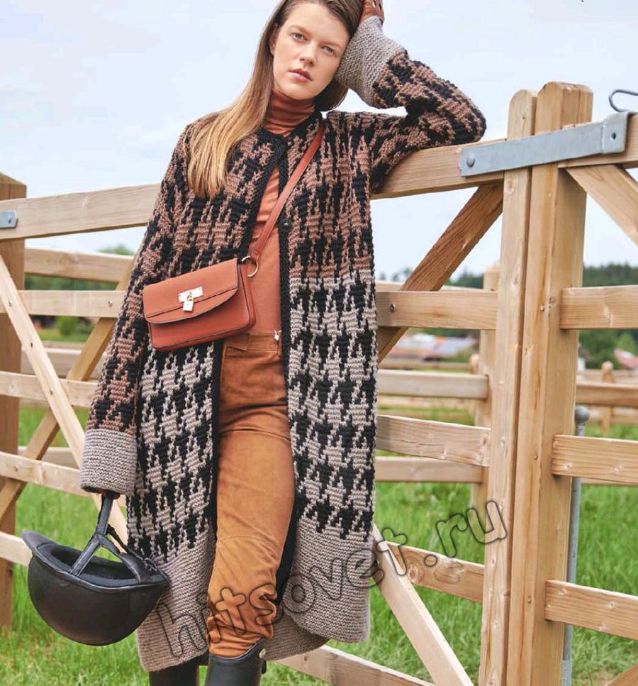 Вязаное жаккардовое пальто, фото.