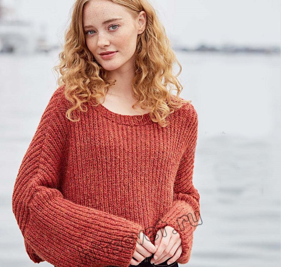 Укороченный терракотовый пуловер спицами, фото 1.