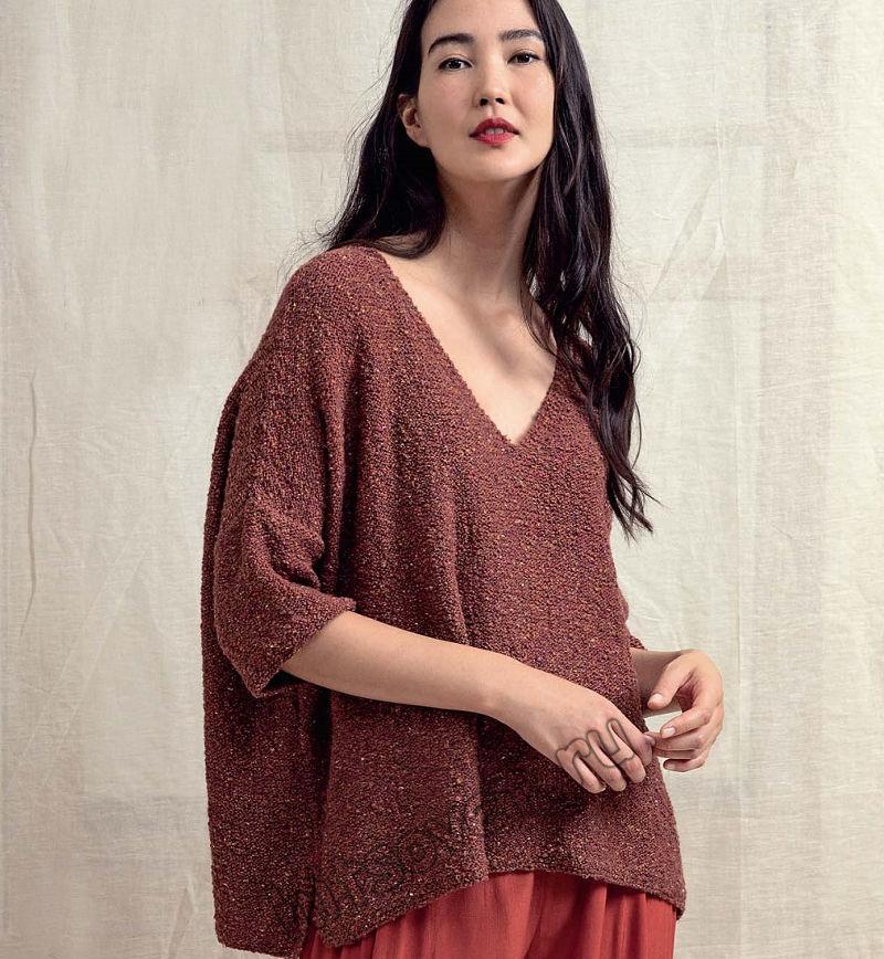 Вязаный пуловер оверсайз с V-образным вырезом, фото.