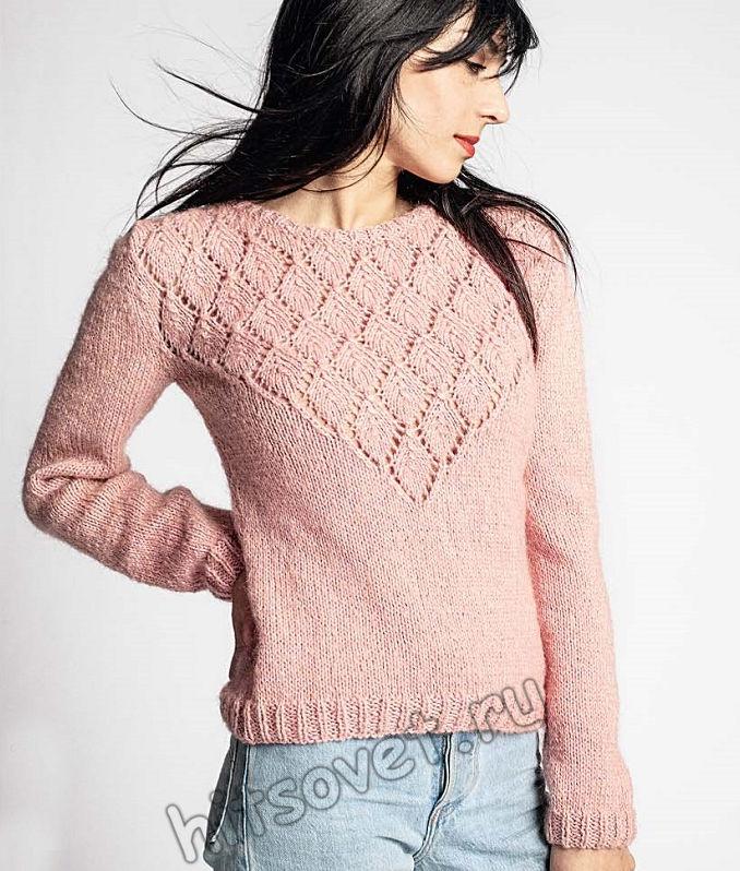 Вязаный пуловер с красивой треугольной кокеткой, фото.